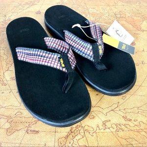 NEW Teva Voya Flip Sandal Black Thong Flops